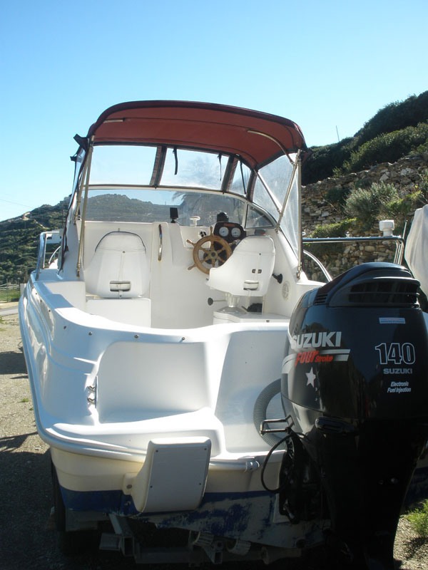 Polyester boat for sale in Sifnos